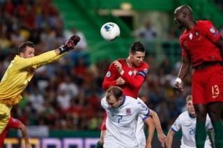 Vòng loại Euro 2020:  Bồ Đào Nha đánh bại Luxembourg 3-0