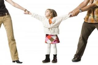 Tranh chấp quyền nuôi con của bà Thủy (Tân Thiềng) sẽ do Tòa án giải quyết