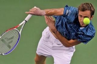 Medvedev vô địch Shanghai Masters lần đầu bằng chiến thắng Zverev