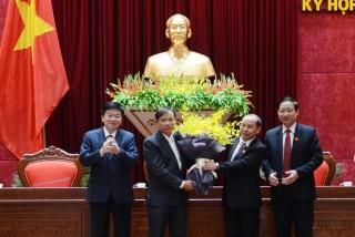 Phê chuẩn Phó Chủ tịch UBND tỉnh Hòa Bình