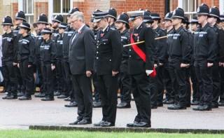 Cảnh sát Essex (Anh) mặc niệm 39 nạn nhân chết trong container