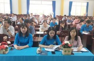"""Công đoàn ngành Giáo dục tổ chức hoạt động hưởng ứng """"Ngày Pháp luật Việt Nam"""""""