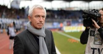 HLV Bert van Marwijk chịu nhiều áp lực