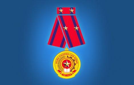 5 cá nhân nguyên là lãnh đạo tỉnh được tặng thưởng Huân chương  Lao động