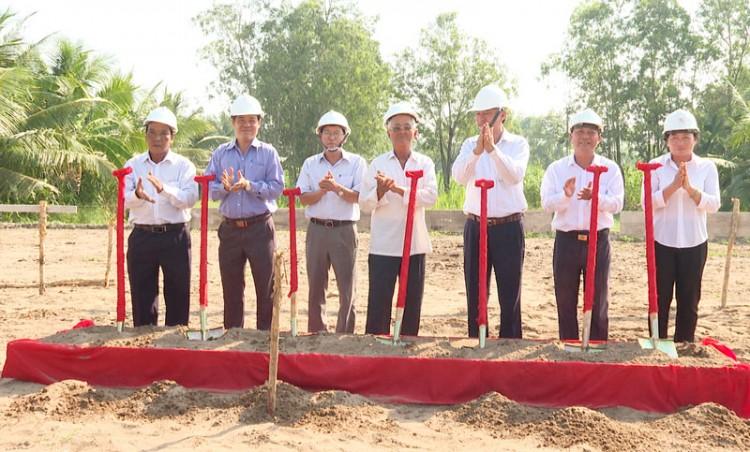 Khởi công xây dựng Bia lưu niệm nơi thành lập Chi bộ Đảng đầu tiên của huyện Thạnh Phú