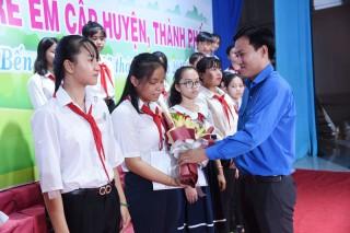 Ra mắt Hội đồng trẻ em tỉnh giai đoạn 2019 - 2022