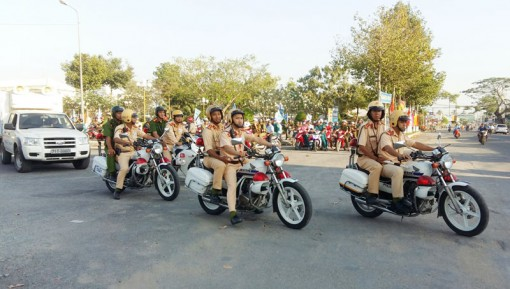 Châu Thành ra quân đảm bảo trật tự an toàn giao thông