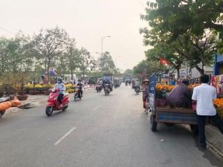 Hạn chế giao thông đường Hùng Vương phục vụ chợ hoa xuân Canh Tý