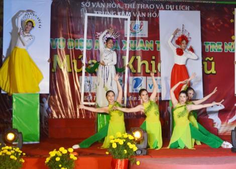 Liên hoan vũ điệu mùa xuân 2020