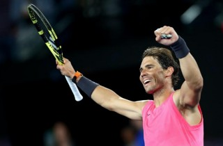 Nadal khó khăn hạ Delbonis vào vòng 3 Australia Mở rộng