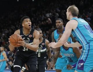 Kết quả NBA ngày 25-1-2020: Milwaukee Bucks vững ngôi đầu tại Paris