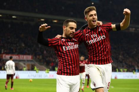 Ibrahimovic lập công, Milan hẹn Juventus tại bán kết
