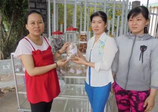 Cơ sở tạo việc làm ổn định cho nhiều phụ nữ