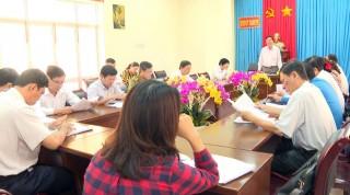 Thạnh Phú tổ chức lấy ý kiến đóng góp dự thảo Báo cáo chính trị