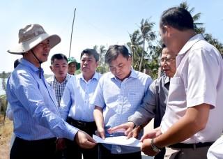 Thứ trưởng Bộ Nông nghiệp và Phát triển nông thôn Nguyễn Hoàng Hiệp làm việc tại tỉnh