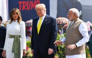 Tổng thống Mỹ cam kết tăng cường quan hệ thương mại với Ấn Độ