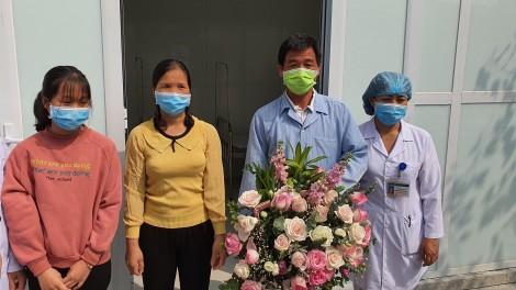 Bệnh nhân cuối cùng trong 16 ca mắc COVID-19 được xuất viện