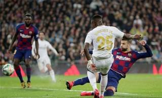 Thắng thuyết phục Barca, Real đòi lại ngôi đầu BXH La Liga