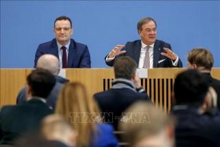 Các Bộ trưởng Y tế EU họp tìm cách kiềm chế dịch bệnh lây lan