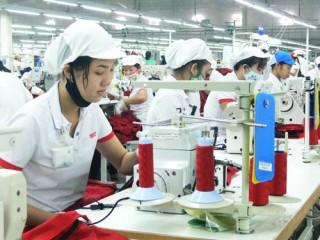 Các cụm công nghiệp giải quyết việc làm cho khoảng 28 ngàn lao động