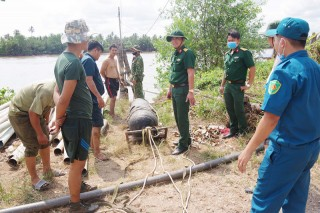 Bộ Chỉ huy Quân sự tỉnh thu gom vật liệu nổ