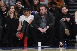 Ông chủ New York Knicks nhiễm COVID-19