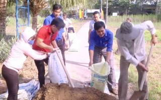 Huyện Đoàn Mỏ Cày Nam với nhiều phần việc trong Tháng thanh niên