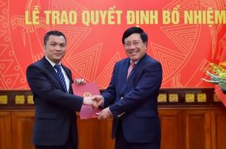 Phó Thủ tướng, Bộ trưởng Ngoại giao trao quyết định bổ nhiệm nhân sự mới