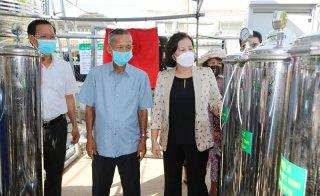 Chủ tịch Quốc hội Nguyễn Thị Kim Ngân dự lễ bàn giao máy lọc nước RO