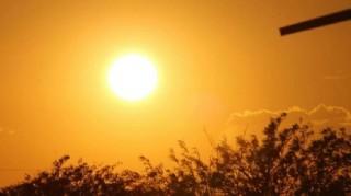 Nắng nóng kéo dài đến ngày 9-5-2020