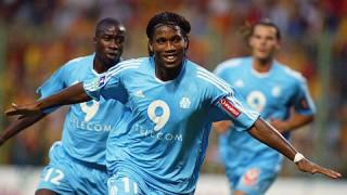 Vượt Ibrahimovic, Drogba trở thành tiền đạo xuất sắc nhất Ligue 1