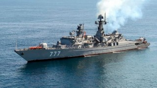 19 thủy thủ thiệt mạng trong vụ bắn nhầm khi tập trận ở Iran