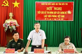 Tiếp xúc cử tri lấy ý kiến đóng góp xây dựng Luật Biên phòng Việt Nam