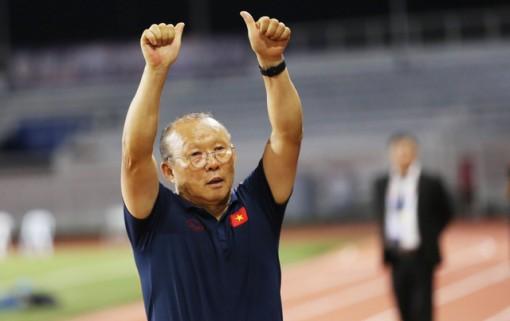 HLV Park Hang Seo bắt đầu thực hiện nguyện vọng cuối cùng với bóng đá