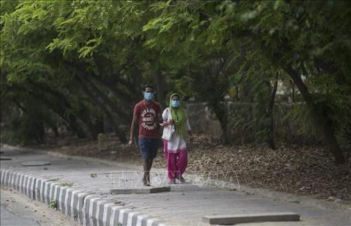 Ấn Độ thêm trên 5.200 ca mắc COVID-19, nâng tổng số lên 96.169 ca