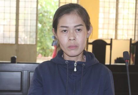 Chứa mại dâm, bị phạt 1 năm tù