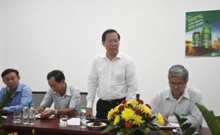 Bí thư Tỉnh ủy Phan Văn Mãi làm việc với lãnh đạo Công ty bia Sài Gòn