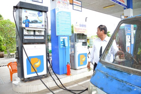 Xăng dầu đồng loạt tăng giá từ 15 giờ chiều nay