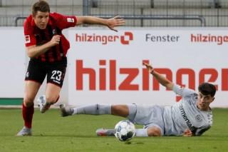 Leverkusen trở lại Top 3