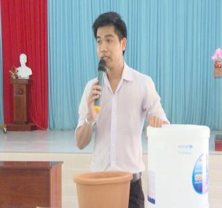 Quỹ Nhi đồng Liên hiệp quốc tặng bình lọc nước tại huyện Thạnh Phú