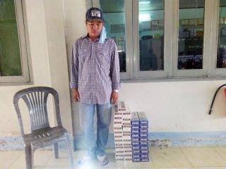 Bắt đối tượng vận chuyển thuốc lá lậu