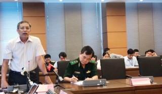 Thảo luận tổ về dự án Luật Biên phòng Việt Nam