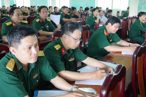 Bộ Chỉ huy Quân sự tỉnh tổ chức đối thoại dân chủ