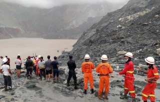 Số nạn nhân thiệt mạng trong vụ lở đất ở Myanmar lên tới hơn 160 người