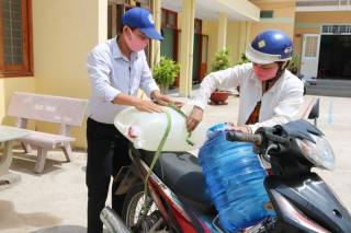 Vận động trên 150 tỷ đồng phòng chống hạn mặn và dịch Covid-19