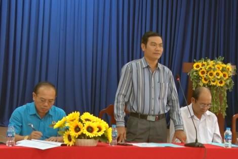 Kiểm tra việc xây dựng xã nông thôn mới Bình Phú