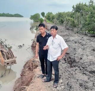 Đê bao xã Tam Hiệp huyện Bình Đại tiếp tục bị sạt lở