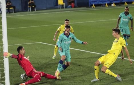 Villarreal níu giữ hi vọng mong manh
