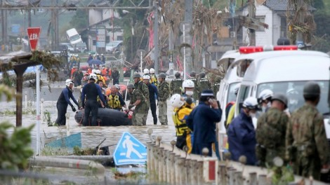 Mưa lũ vẫn tiếp diễn, tàn phá nhiều địa phương Nhật Bản