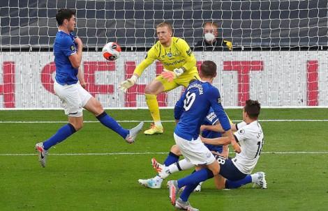 Kane và Son vô duyên, Tottenham vẫn bỏ túi 3 điểm